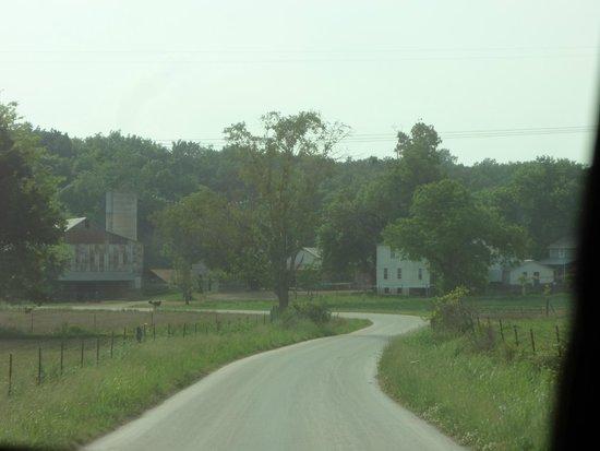 Farm Ethridge Tn Amish Picture Of Amish Heritage Welcome