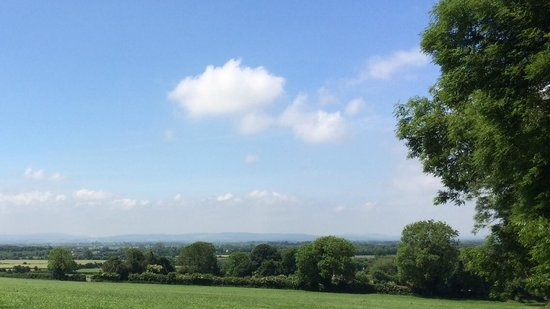 Ballindrum Farm Bed and Breakfast : Countryside views