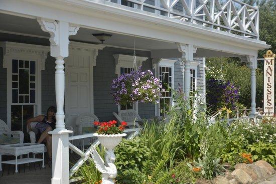 The 1661 Inn: A relaxing front porch