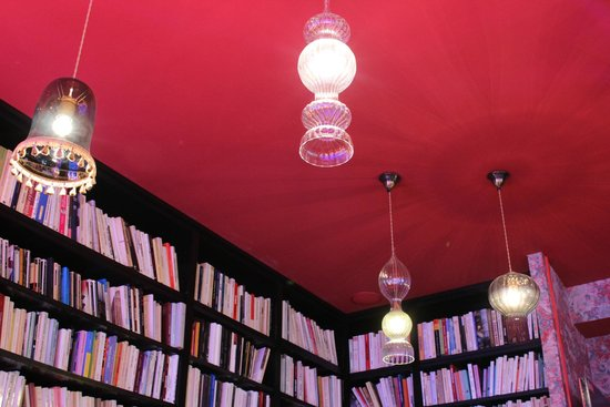 Hotel Joséphine by HappyCulture : the lights in the library! really cool!