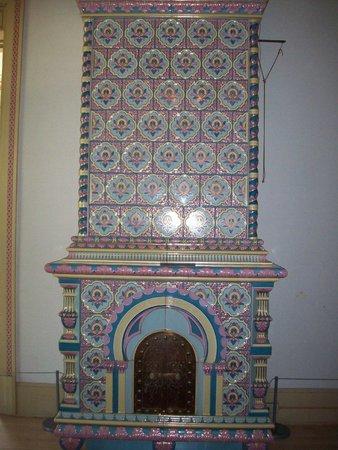American Swedish Institute: Lovely kakelugn (tile stove).