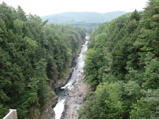 Quechee Gorge: View of the Gorge from the bridge