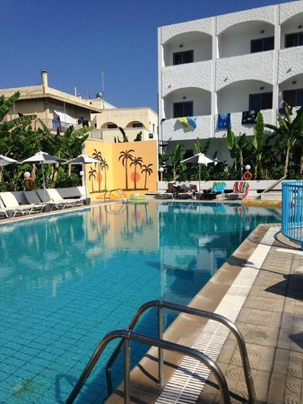 Imperial Hotel : Pool area