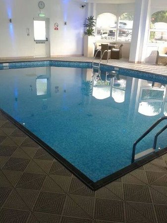 The Royal Duchy Hotel : the pool