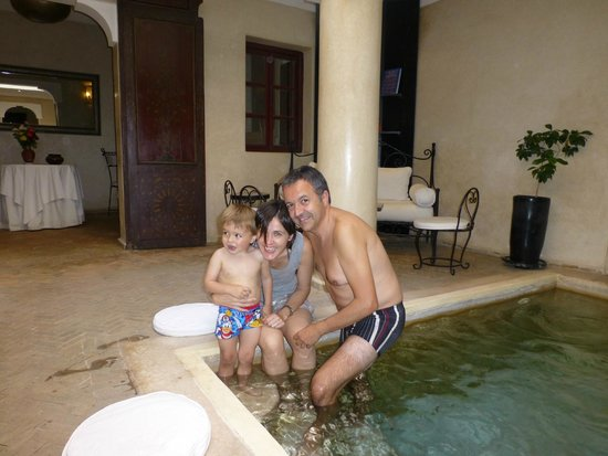 Riad Al Badia: Relajante piscina de agua fresca