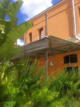 Il Tabacchificio Hotel: mooie kleur van het pad