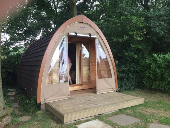 Two Hoots Campsite: Our pod Snuggle Wood