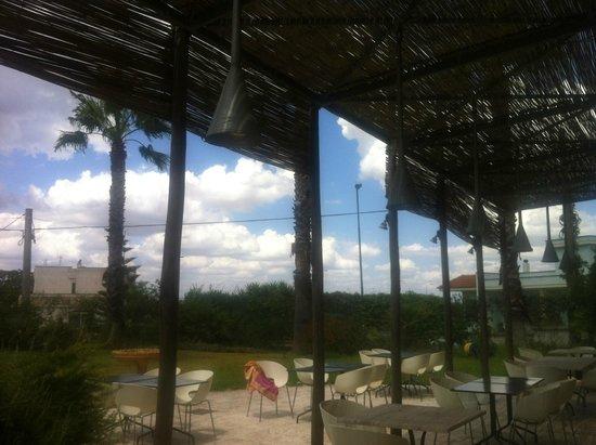Il Tabacchificio Hotel: lekker buiten eten