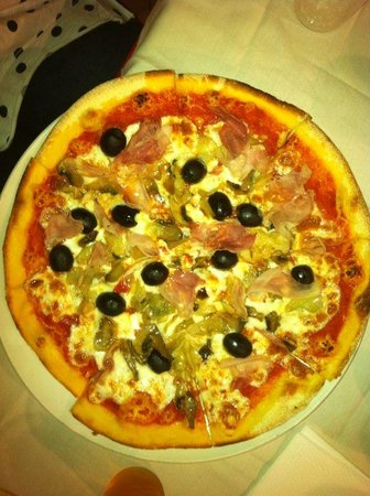 L'oasi Della Pizza: 4 stagioni