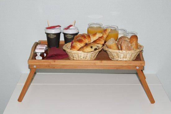 Villa Daubenton by HappyCulture : breakfast! so fresh!!!!!