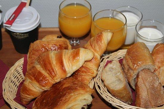 Villa Daubenton by HappyCulture : breakfast