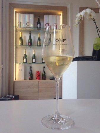 Le One Bar Champagne : R&L Legras @ One bar champagne
