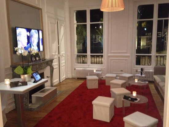 Le One Bar Champagne : Salle