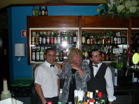 Auramar Beach Resort : Diter and Tiago bartenders