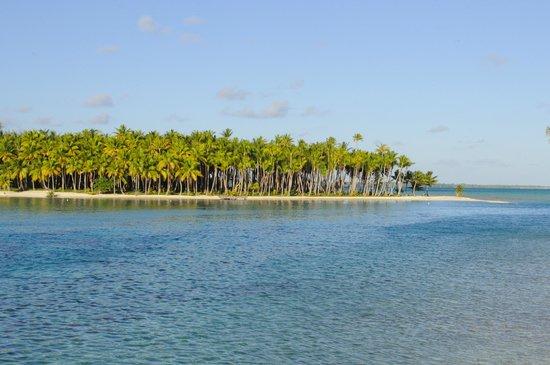 Blue Heaven Island lodge : Vue depuis le motu