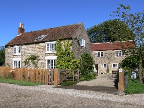 Flamborough Rigg Cottage : Esterno del cottage.