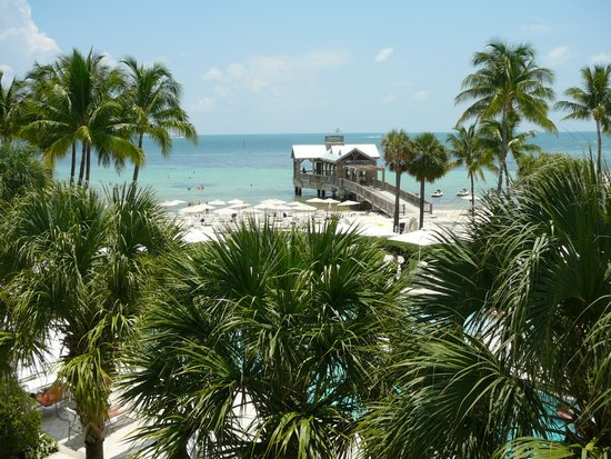 The Reach, A Waldorf Astoria Resort: The beach