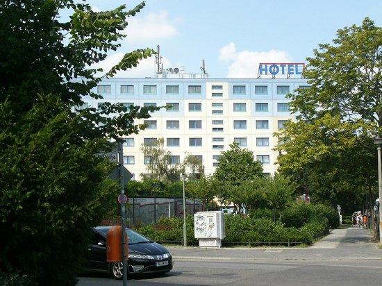 Hotel Kolumbus Berlin Genslerstr