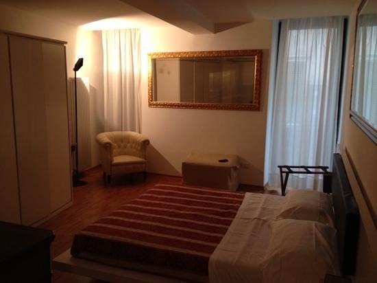 Giulietta e Romeo Hotel: la chambre immense