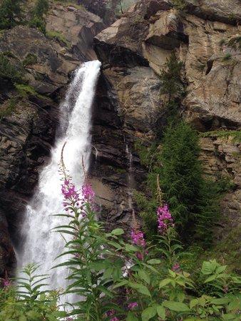 Lillaz Waterfalls : Cascate