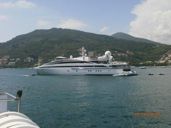 Hotel Italia: il nostro yacht dal lago di Lecco al mare di Lerici......magari