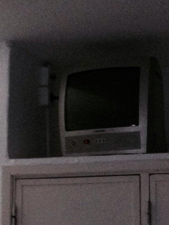 Monica Isabel Beach Club : Télé de 20 cm!!!!