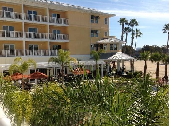 Jamaica Bay Inn: vue sur la salle du pdj