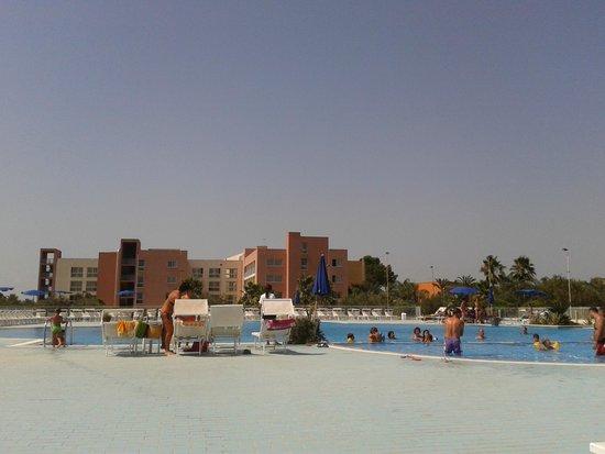 Esperidi Park Hotel: bellissima piscina