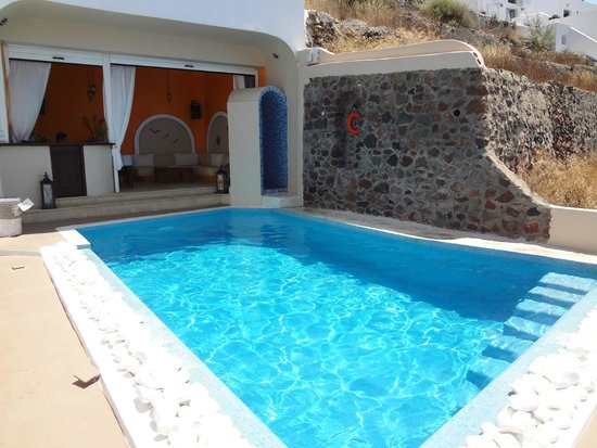 Afroessa Hotel: The chilly pool