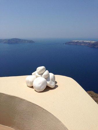 Afroessa Hotel: More Caldera views