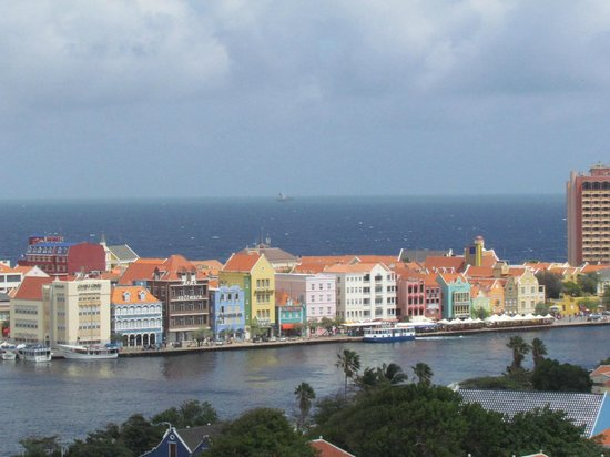 Irie Tours: Curacaon Signature Colorful Waterfront