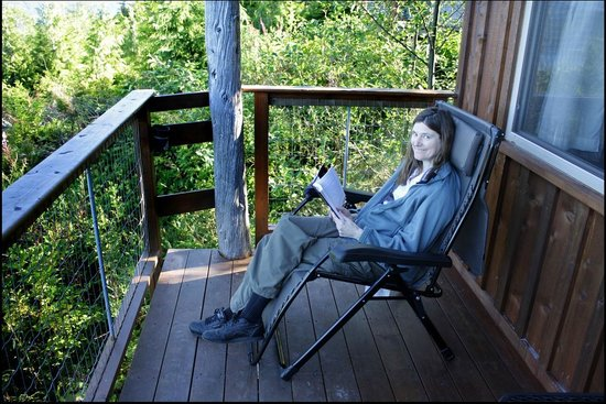 Soule Creek Lodge: Sitting on the deck of the Tanglewood cabin