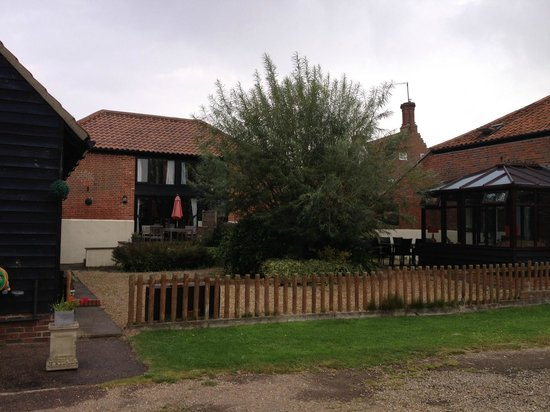 Bucks Farm Holiday Cottages: The cottages