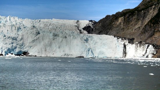 Holgate Glacier: The Glacier Goes On and On
