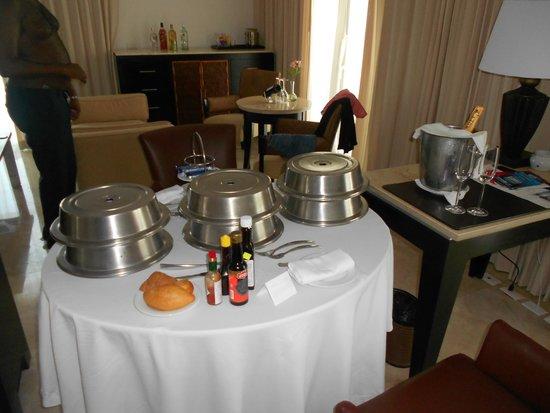 Le Blanc Spa Resort: Room service