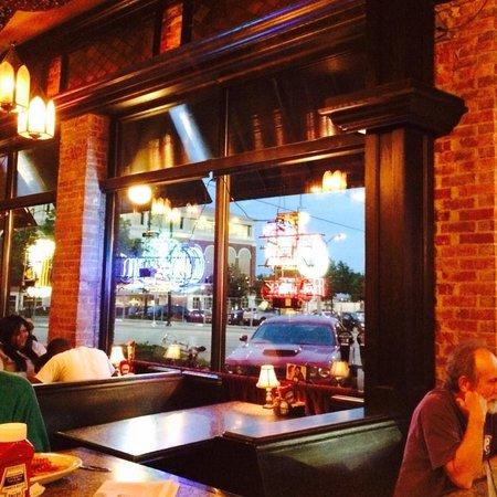 New Bbq Restaurant In Champaign Il