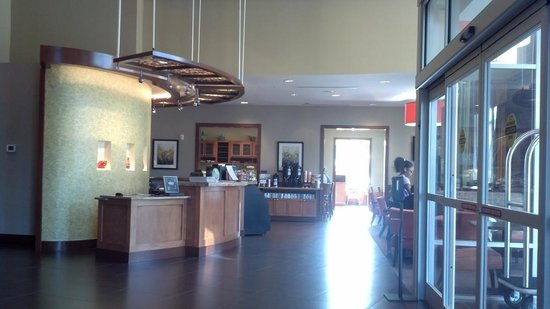 Hyatt Place Raleigh West: Reception/Breakfast Area