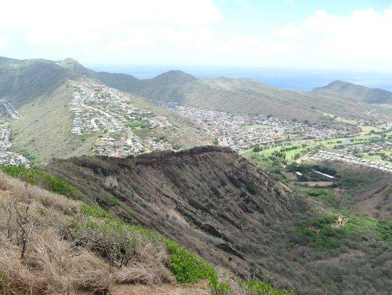 Koko Crater Trail: Koko head climb- view from top
