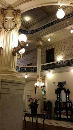 Menger Hotel: View of upstairs