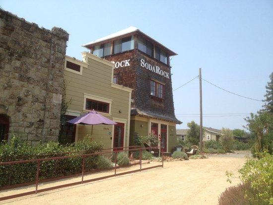 Soda Rock Winery: Soda Rock Tower