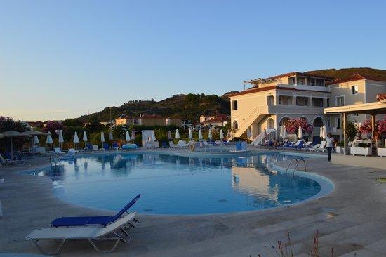 Klelia Beach Hotel: Pool