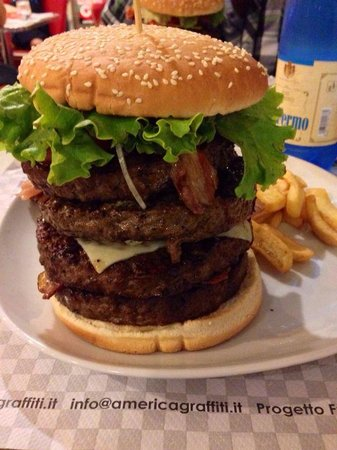 Correggio, Италия: BIG BOSS BURGER!! WOOOOOW!!