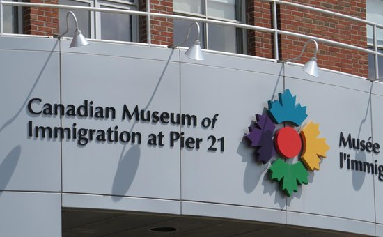 Canadian Museum of Immigration at Pier 21 : Signage