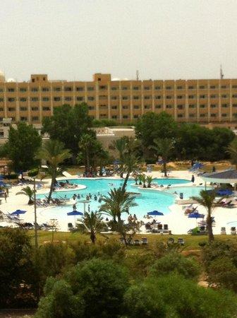 El Mouradi El Menzah: vu exterieur de l'hotel