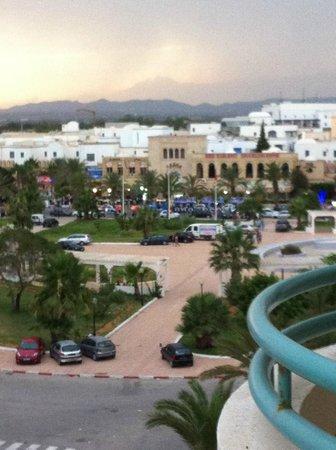 El Mouradi El Menzah: vu a droite du balcon