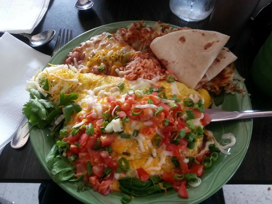 MartAnne's Burrito Palace : Chilaquiles - yum!