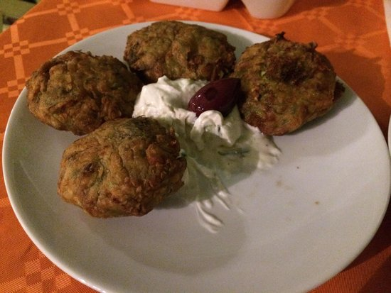 Absinthe: Beignets de courgette ( très bien réussis - pas gras et frais )