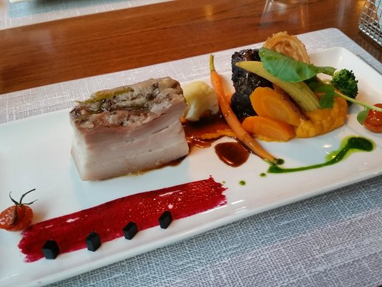 Restaurant Taverne - Hotel Interlaken: Pork belly with sweet potatoes