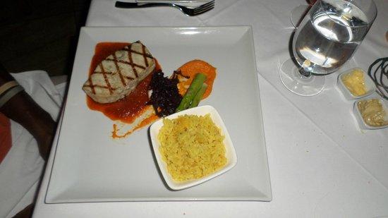 Ti Kaye Resort & Spa: Grilled Marlin at Kai Manje Restaurant