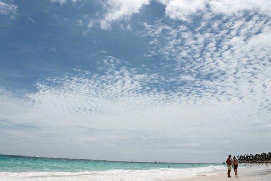Luxury Bahia Principe Ambar Blue: La playa